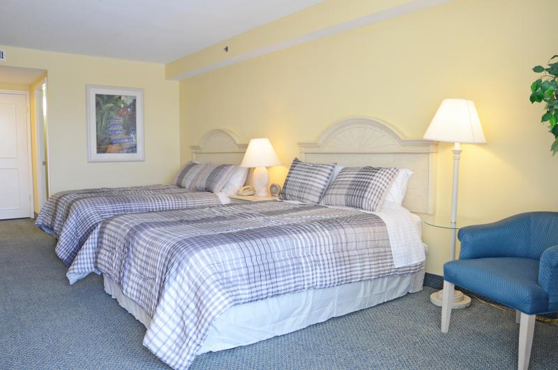 Fall $pecials - Oceanfront Condo #315 - Image 1 - Daytona Beach - rentals