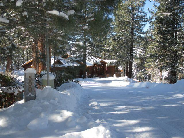 Welcome to 500 Emerald Point in Clio, CA - New getaway nestled on the edge - Clio - rentals