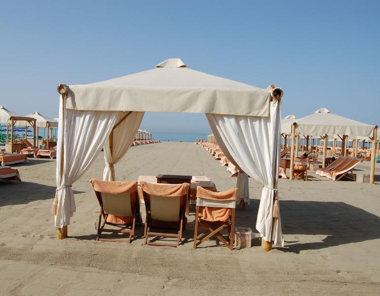Forte dei Marmi beaches at few mins from Villa Il Castelletto - Villa Il Castelletto-Pool, Beaches & Cinque Terre - Sarzana - rentals