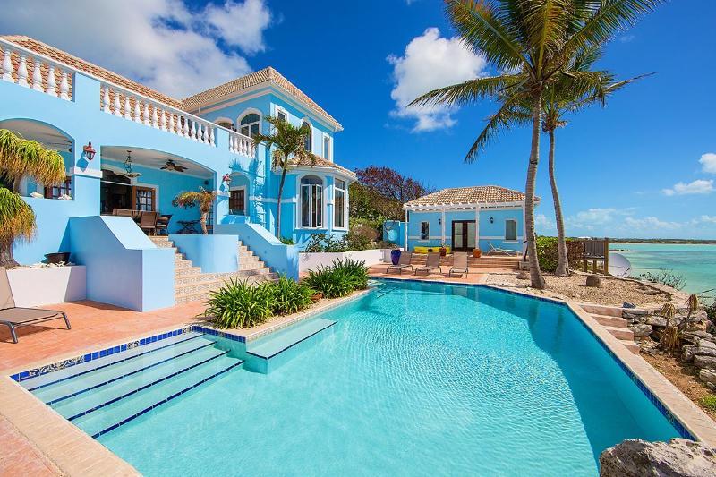 Three Cays Villa, Sleeps 8 - Image 1 - Turtle Tail - rentals