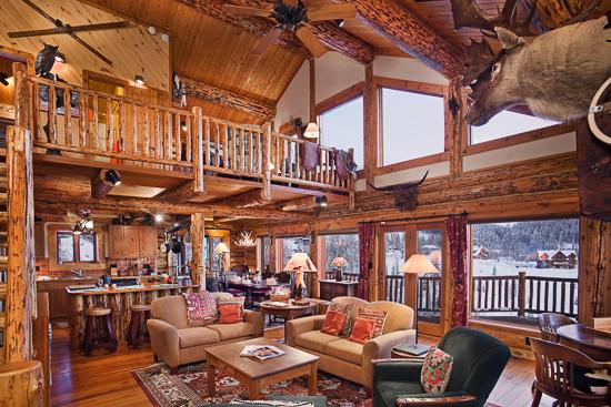 Custom built, Montana log home - Mountain High Chalet - 3BR Quintessential Mountain Cabin DeLuxe - Steamboat Springs - rentals