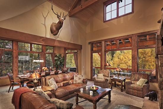 Great room with covered deck and mountain views - Bear Grande Chalet - Steamboat Springs - rentals