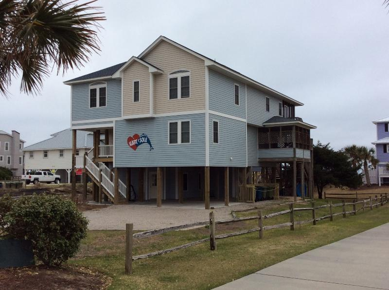 Hart n Sole (street view) Car Port Access to Elevator  - Oceanfront, Handicap-Frdly, Elevator, Screen Porch - Emerald Isle - rentals