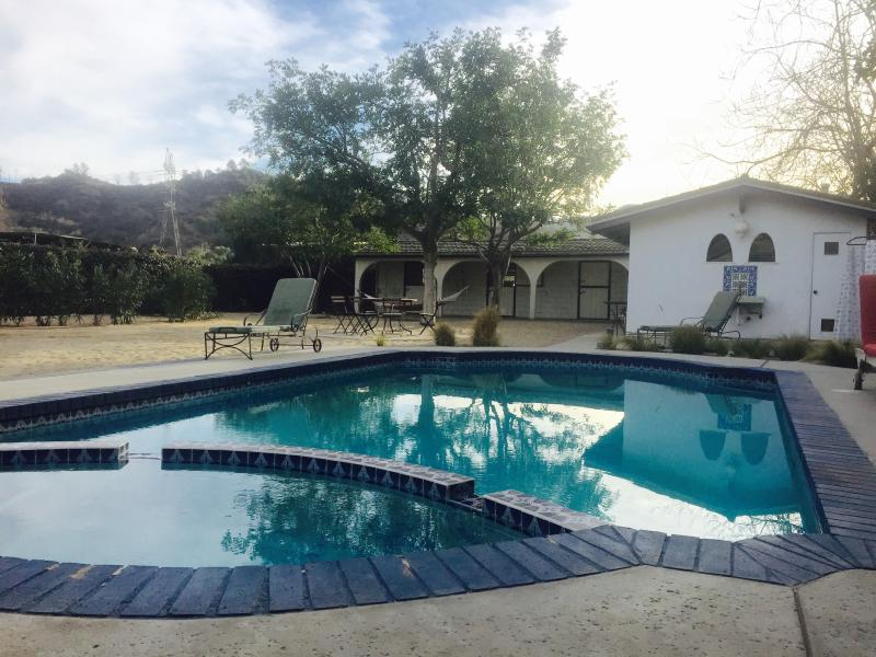 Cabin in Griffith Park with pool - Image 1 - Glendale - rentals