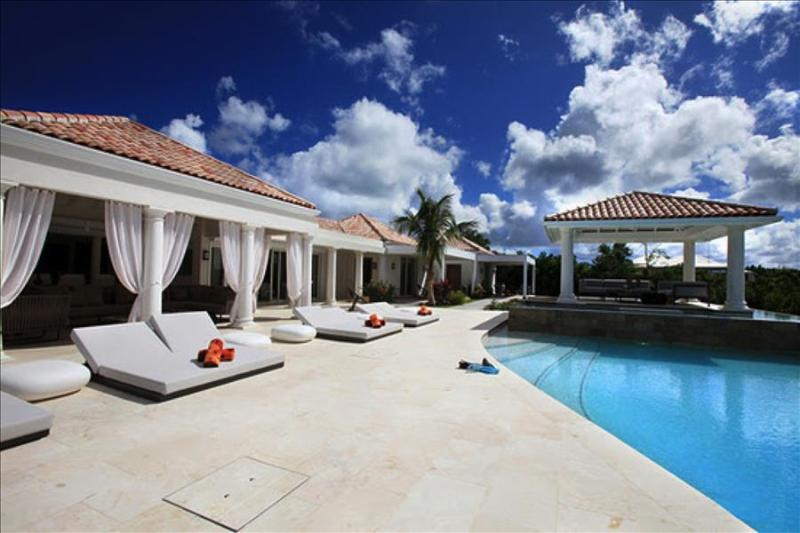 Modern and spacious 4 bedroom luxury family villa - Image 1 - Cupecoy - rentals
