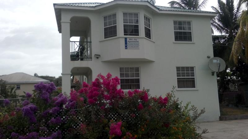 Your Vacation Home in the community - 2 bedroom fully furnished apartment - Speightstown - rentals