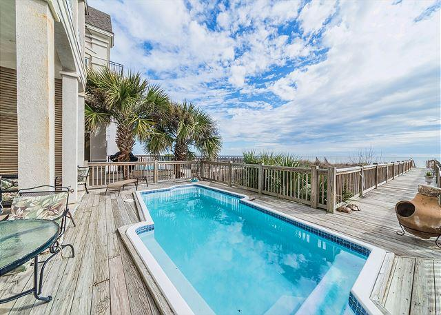 Come In, the Water's Fine - - Collier Beach 2, Luxury 5 Bedrooms Oceanfront, Private Pool, Sleeps 14 - Hilton Head - rentals