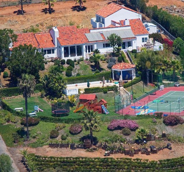 Tennis Ranch 5 bedrooms Sleeps 18 W/ Private Pool - Image 1 - Escondido - rentals