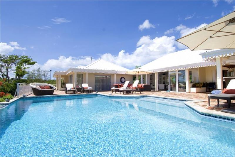 Beautifully styled luxury 4 bedroom villa with infinity pool - Image 1 - Terres Basses - rentals