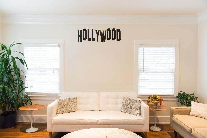 Large two bedroom apartment in Hollywood!!! - Image 1 - Hollywood - rentals