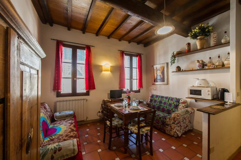 Dining Room - ARIENTO APARTMENT - FURNISHED IN  FLORENTINE STYLE - Florence - rentals
