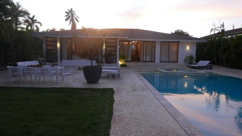 Walk to Minitas!! Newly Renovated Beautiful Villa - Image 1 - La Romana - rentals