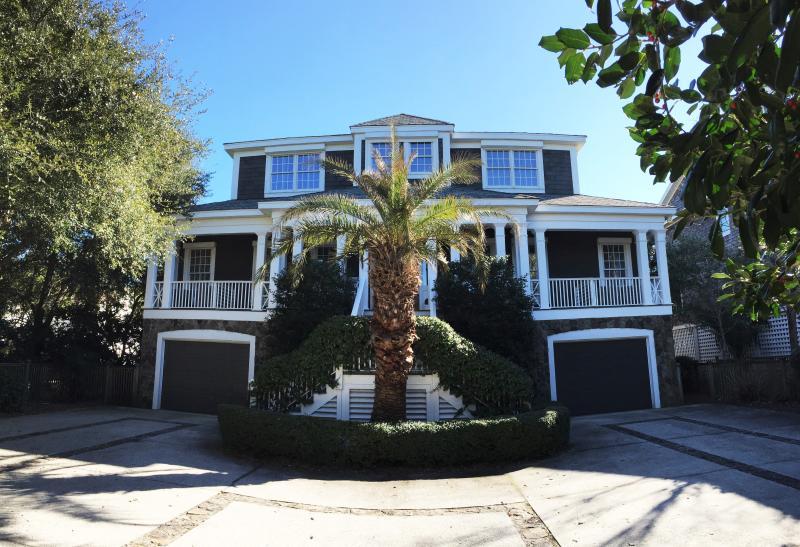 Ocean Front /Pool /Huge Screened Porch/ Sleeps 12! - Image 1 - Isle of Palms - rentals