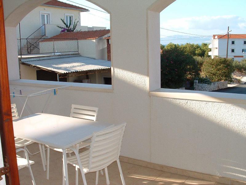 A3(2+1): terrace - 00301SUPE  A3(2+1) - Supetar - Supetar - rentals