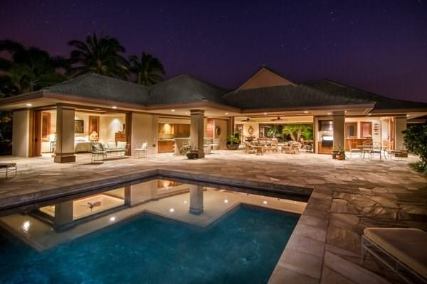 Spacious Luxury Estate+Courtyard+Indoor/Outdoor Living+Pool&Patio+Central Locale - Image 1 - Haiku - rentals