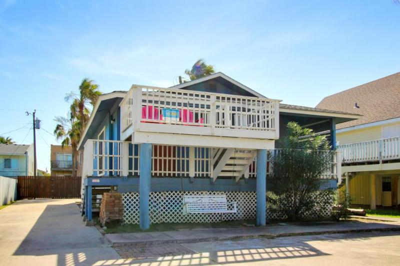 Beautiful home w/pool - quiet but still close to the beach! - Image 1 - South Padre Island - rentals