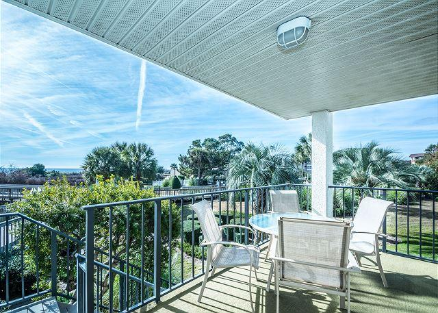 Welcome to Sea Cloisters 110! - Sea Cloisters 110, 2 Bedrooms, Oceanfront, Large Pool, Sleeps 8 - Hilton Head - rentals