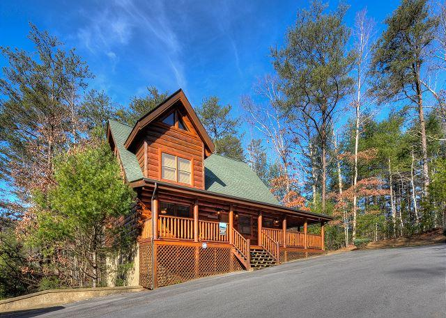 Front View of Cabin - ENCHANTED FOREST-LUXURY 2/2-RESORT INDOOR/OUT POOL - Pigeon Forge - rentals
