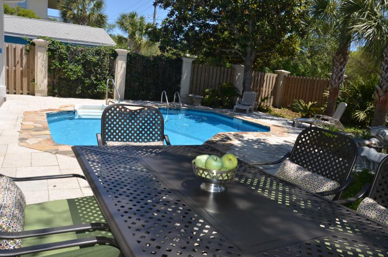 Large Groups! Pvt heated pool! Plus Pvt Apartment! - Image 1 - Destin - rentals