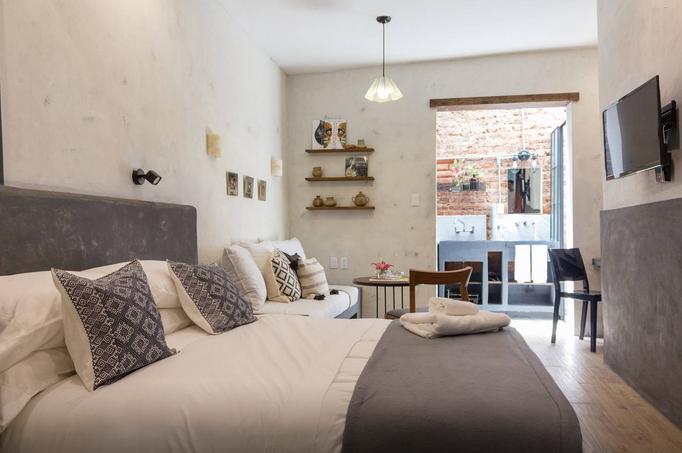 Tasteful Studio Apartment in La Roma - Image 1 - Mexico City - rentals