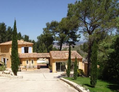 Holiday rental Villas Aix En Provence (Bouches-du-Rhône), 450 m², 6 500 € - Image 1 - World - rentals