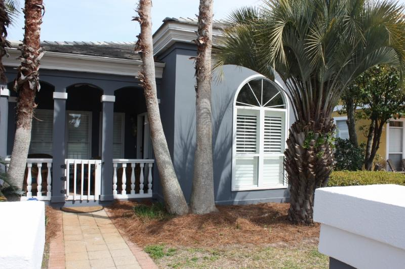 Welcome to Karma - 2Bedroom2Bath with Bunk Room Community Pool - Destin - rentals