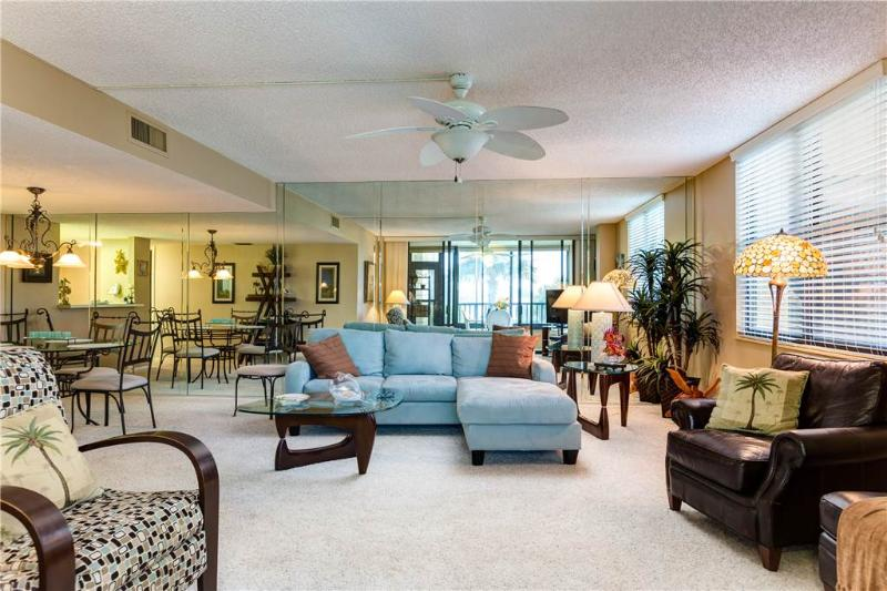Gulf and Bay Club 108D, 2 Bedroom, Beach Front, Ground Floor, Sleeps 4 - Image 1 - Siesta Key - rentals