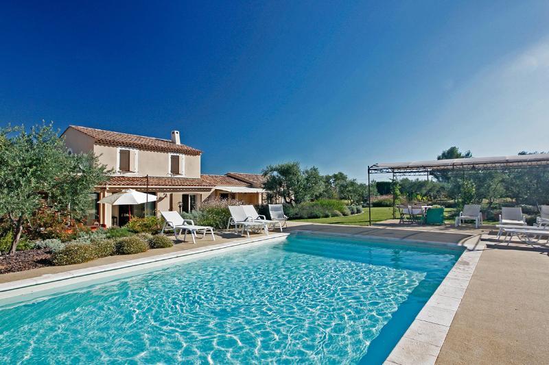 Mas Des Amis, Sleeps 8 - Image 1 - Les Baux de Provence - rentals