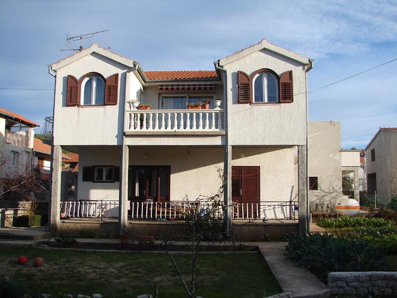 house - 00506VODI A2(2+1) - Tribunj - Tribunj - rentals
