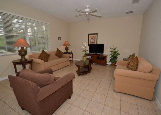 5 Bedroom 4 Bath Pool Home with Spa Overlooking Conservation Area. 889DP - Image 1 - Orlando - rentals