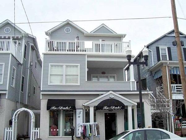 1038 Asbury Ave. 3rd Floor Unit C 129930 - Image 1 - Ocean City - rentals