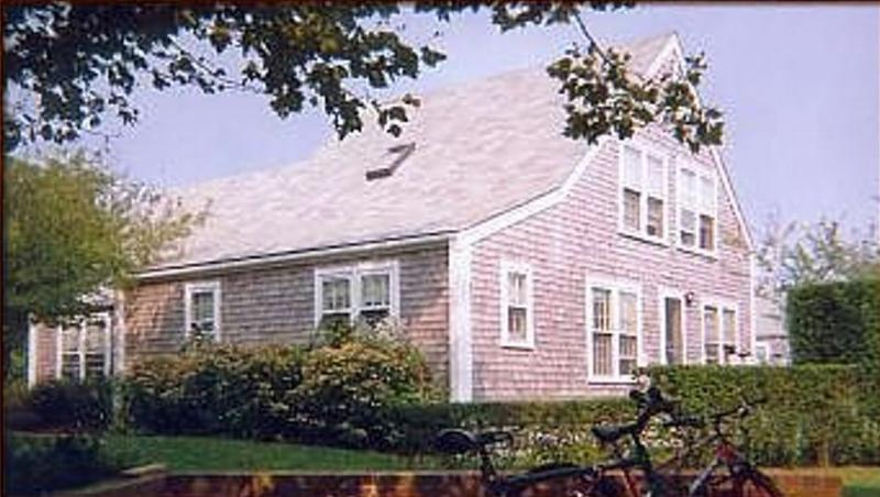 5 Powderhouse Lane - Image 1 - Nantucket - rentals