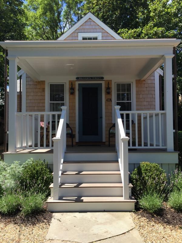 1 Bedroom 1 Bathroom Vacation Rental in Nantucket that sleeps 2 -(7203) - Image 1 - Nantucket - rentals