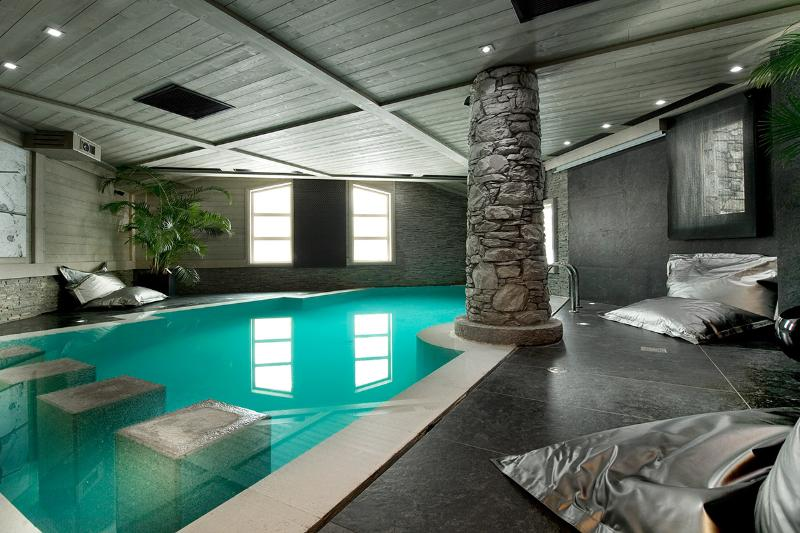 Chalet White Pearl, Sleeps 10 - Image 1 - Val-d'Isère - rentals
