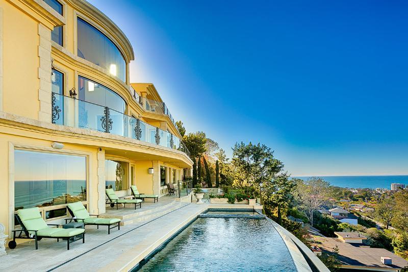 Villa Portofino, Sleeps 10 - Image 1 - San Diego - rentals