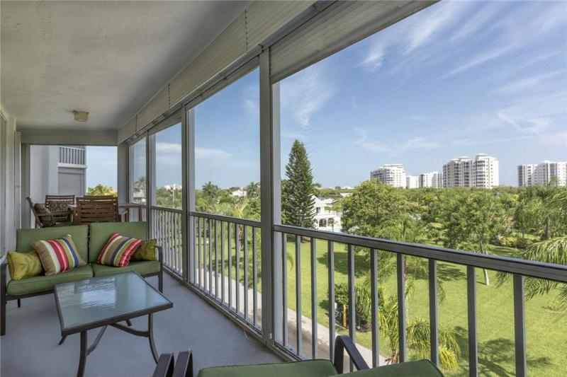 Marina Towers 304, 2 Bedrooms, Bay Front, Elevator, Heated Pool, Sleeps 4 - Image 1 - Fort Myers Beach - rentals