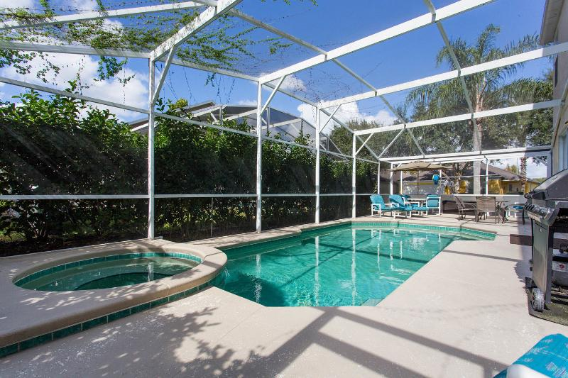 The Pool - Disney Luxurious Home - poo,l Spa, cinema/gameroom - Davenport - rentals