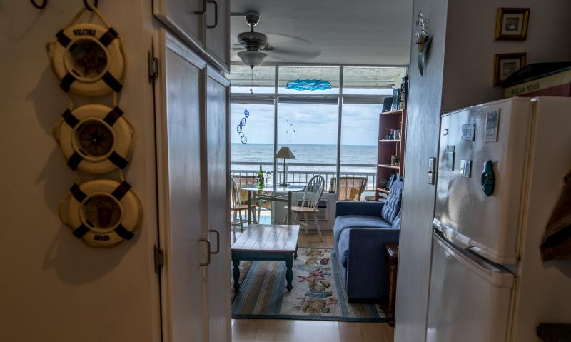 Perfect condo with a view on the Ocean - BEACHFRONT CONDO - Perfect place - Virginia Beach - rentals