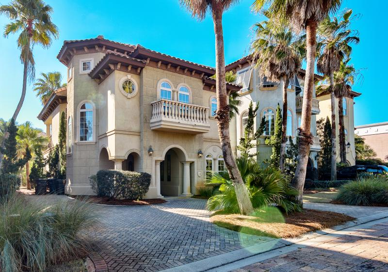 Welcome to your Luxury Vacation Home! Tuscan Charm! - Luxury Mediterranean Villa Close to Beach!! - Miramar Beach - rentals