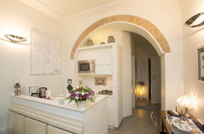 RESIDENZA CAMPO DE' FIORI BEATRICE! - A few mt. from Campo de Fiori,no need to take bus - Rome - rentals