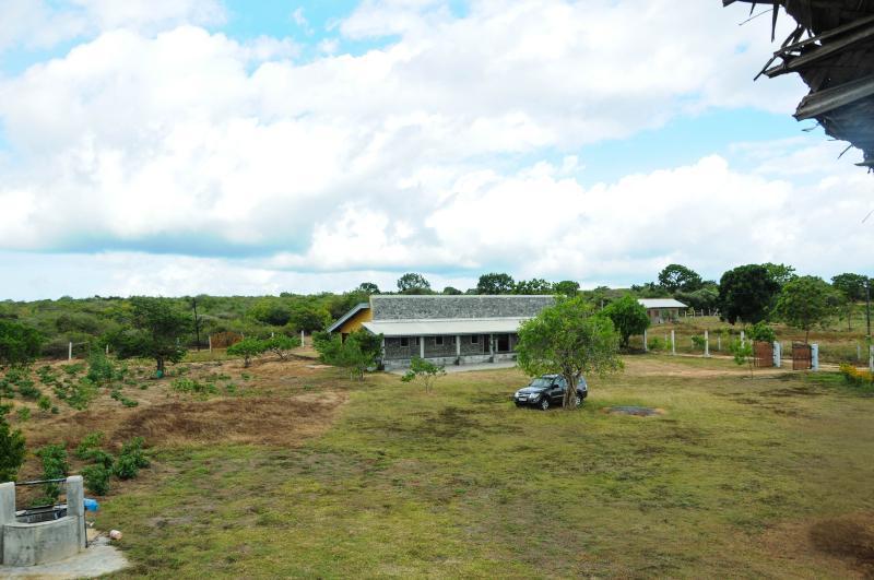 Kirinda Lodge by Ceilão Villas - Image 1 - Tissamaharama - rentals