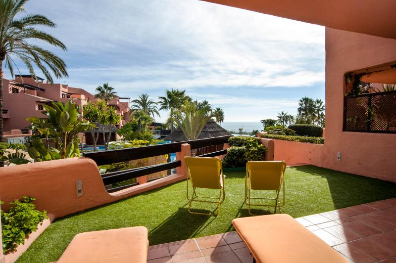 Stunning views from garden, terrace, bedroom, and from the bed !! - Mar Azul Estepona - Estepona - rentals
