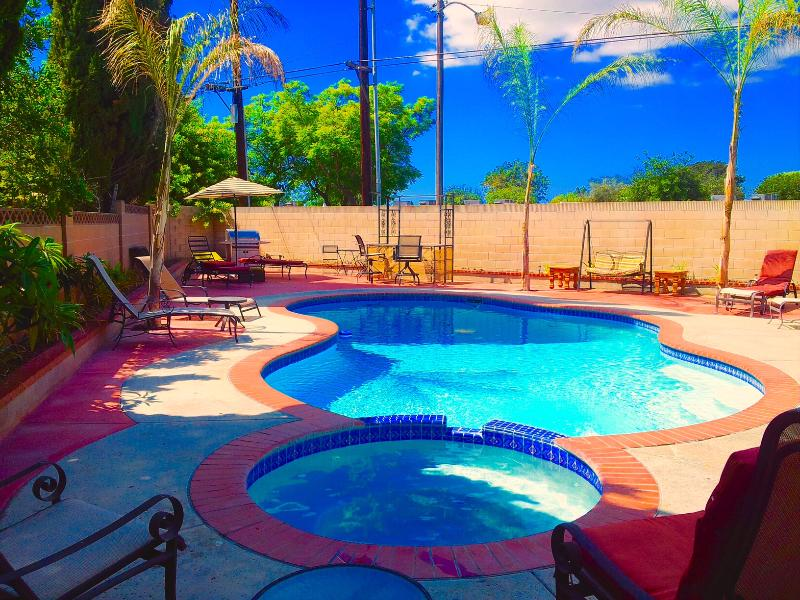 Pool & Jacuzzi - House with pool 5 min. to Disney Land - Anaheim - rentals