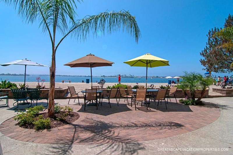 Sun, Sand & the Beautiful Bay! - La Palma Paradise -  View 2 BR on Sail Bay - Mission Beach - rentals