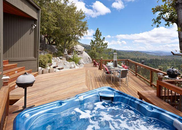 "Spa with great view and outdoor diing - Luxurious ""The View"" Home; Spa & Ping Pong Table - Idyllwild - rentals"