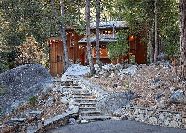 Front of our cabin, welcome - Mountain view cabin in Fern Valley on the creek with amazing views - Idyllwild - rentals