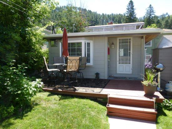 Backyard Cottage B&B - Image 1 - Deadwood - rentals