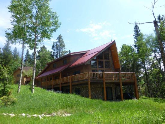 5 Bedroom Log Home - Great Views - Close to the - Image 1 - Lead - rentals