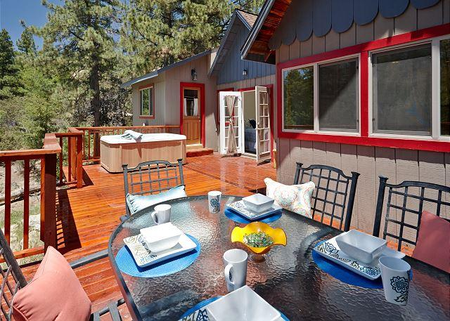 "Back Deck - Peaceful ""Oakwood Ridge"" Cabin - Idyllwild - rentals"