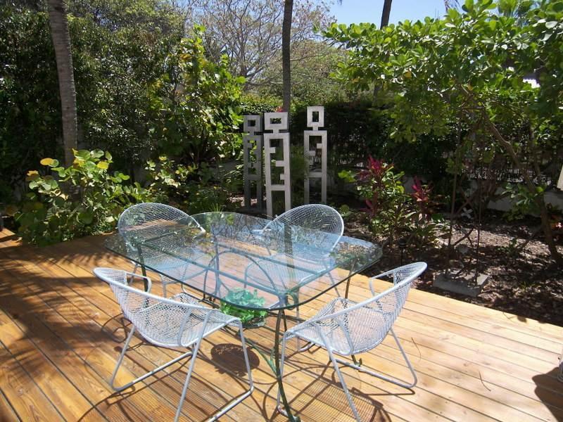 Artist Garden - Image 1 - Key West - rentals
